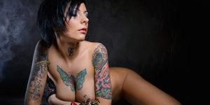 Frauen mit Körperschmuck